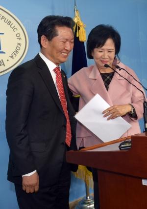 손혜원 기자회견 참석한 정청래 의원