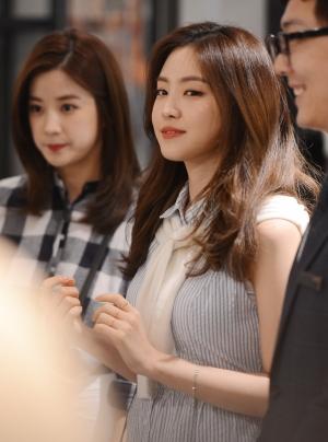 손나은-박초롱 '미모 대결'