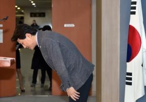 김진태, 헌재 불복 선언