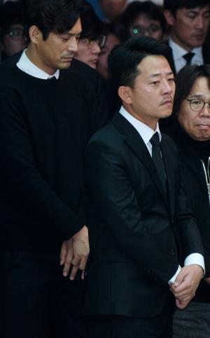 고 김주혁 발인