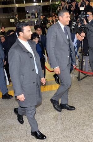 칼둔 행정청장 국회 방문