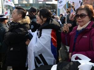 태극기 집회 현장 방문한 방송인 강유미