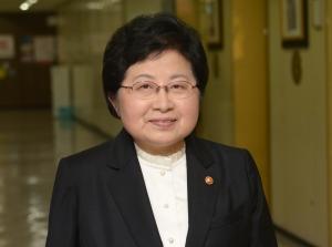 미투 간담회 참석하는 정현백 여가부 장관