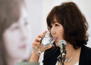 공지영 신간 '해리' 출간기념 기자간담회