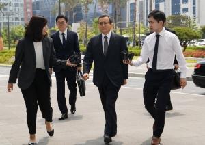 사흘 만에 재소환된 김학의 전 차관