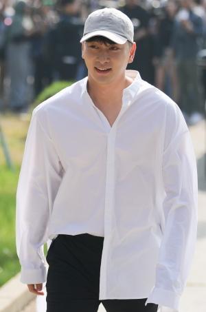 2PM 옥택연 전역식