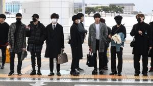 방탄소년단-마마무 출국