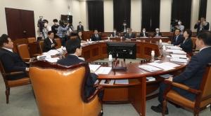 김정은 북한 국무위원장의 동향과 대외정책 등에 관한 정보위원회