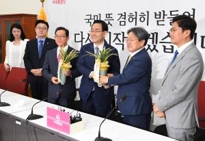 주호영 원내대표 예방한 강기정 청와대 정무수석