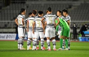 축구 국가대표팀 대 올림픽대표팀 친선경기