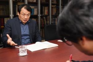 강신업 변호사 인터뷰