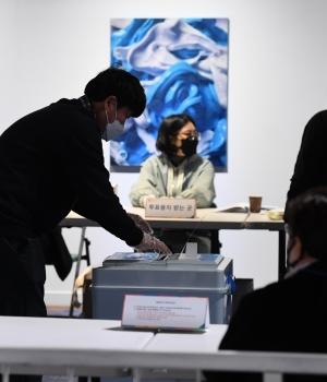 4.7 재보궐선거 평창동 제2투표소