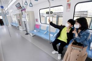 GTX 철도차량 실물 목업 전시회