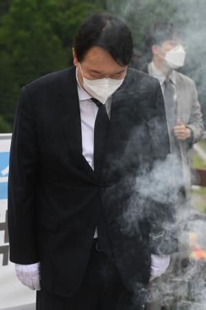 대전현충원 방문한 윤석열