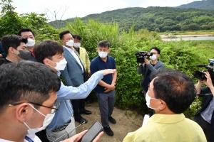 이준석, 이길리 수해 마을 현장 점검